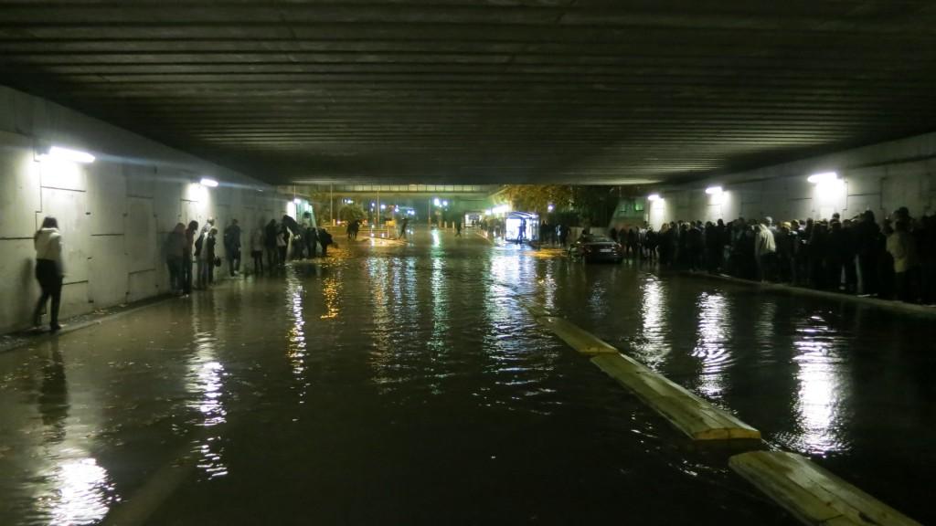 lenny-kravitz-concert-nice-2014-rain