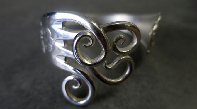 Les bijoux ont une histoire chez Passé Décomposé
